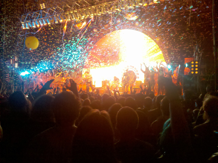 Flaming Lips Live in Pittsburgh July 20, 2010