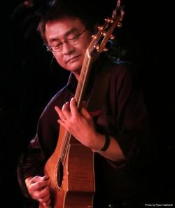 Hideyo Moriya of California Guitar Trio Live