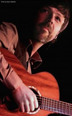 Paul Richards of California Guitar Trio Live