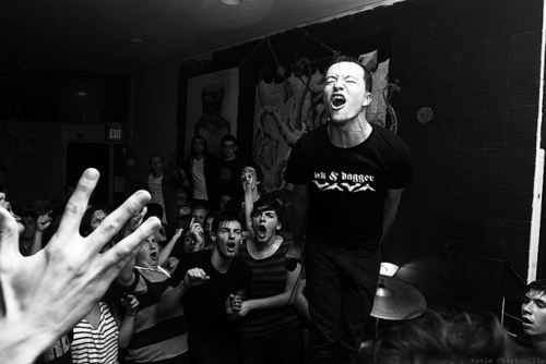 http://blowthescene.com/files/2011/04/Touche-Amore-Live.jpg