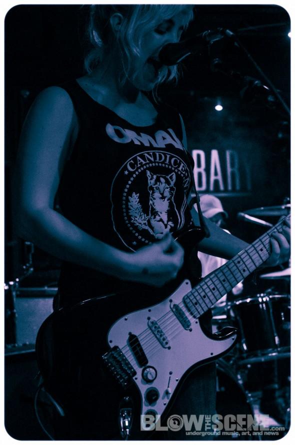 Nona-band-015