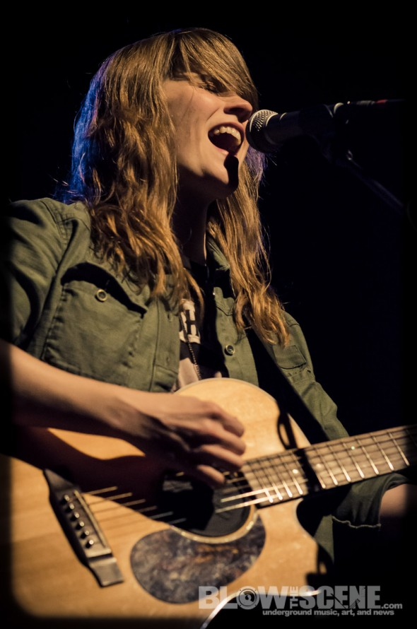Revival-Tour-2013-Jenny-Owen-Youngs-band-034