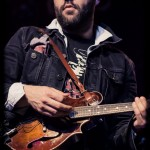 Revival-Tour-2013-Joe-Ginsberg-band-044