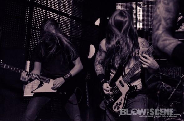 Skeletonwitch-band-038