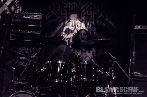 Skeletonwitch-band-043