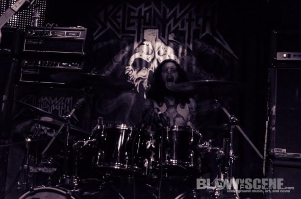 Skeletonwitch-band-043