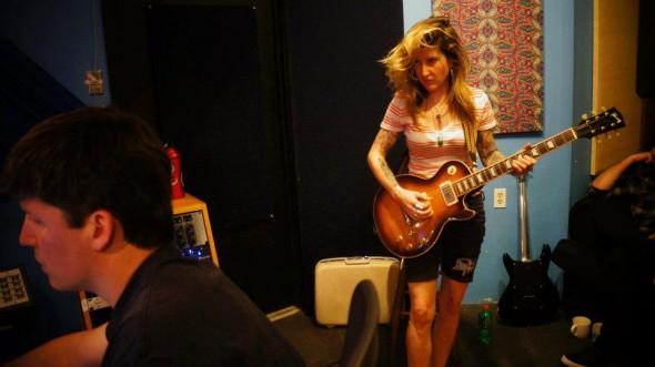 laura-pleasants-in-jam-room-studio