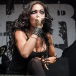 Butcher-Babies-Mayhem-Fest-2013-band-0128
