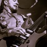 Five-Finger-Death-Punch-Mayhem-Fest-2013-band-0318