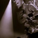 Five-Finger-Death-Punch-Mayhem-Fest-2013-band-0322