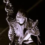 Five-Finger-Death-Punch-Mayhem-Fest-2013-band-0330