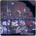 Five-Finger-Death-Punch-Mayhem-Fest-2013-band-0339