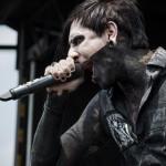 Motionless-In-White-Mayhem-Fest-2013-band-0112