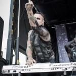 Motionless-In-White-Mayhem-Fest-2013-band-088