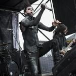 Motionless-In-White-Mayhem-Fest-2013-band-090