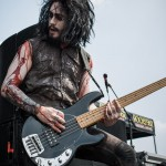 Motionless-In-White-Mayhem-Fest-2013-band-098