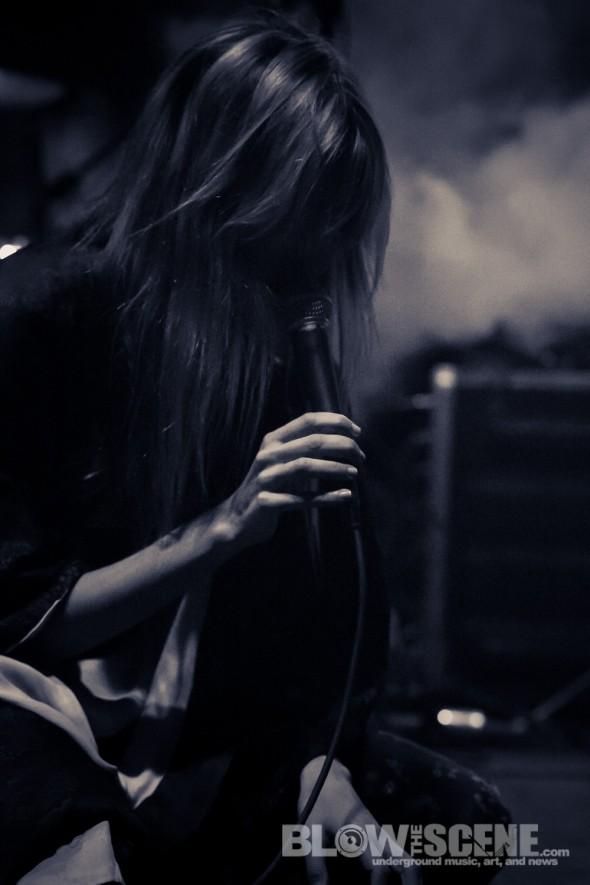 io-Echo-band-010