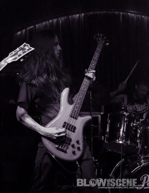 HOWL-band-036