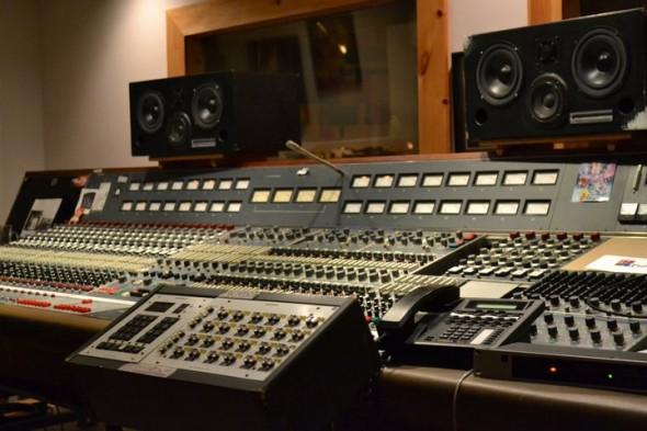 neve-console-studio-4