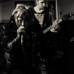 Severed-band-001