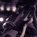 Skeleton-Hands-band-004