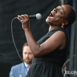 sharon-jones-dapkings-10
