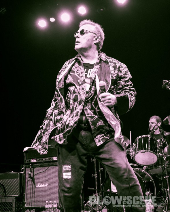 Jello-Biafra-&-the-Guantanamo-School-Of-Medicine-band-036