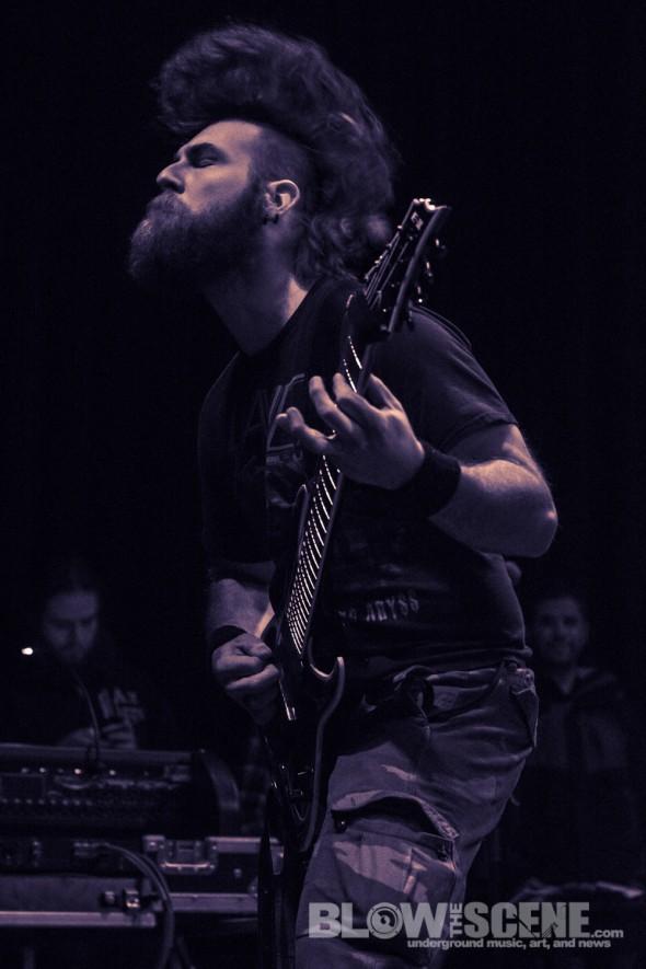 Black-Crown-Initiate-band-008